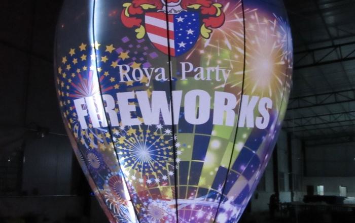 fireworks-ballon-dark